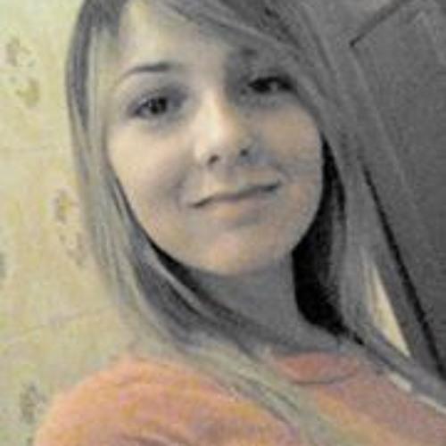 Raylla Polidoro's avatar