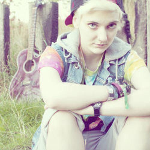 Sally Pepper's avatar