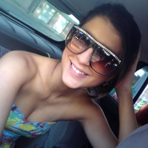 Luiza Sasso's avatar