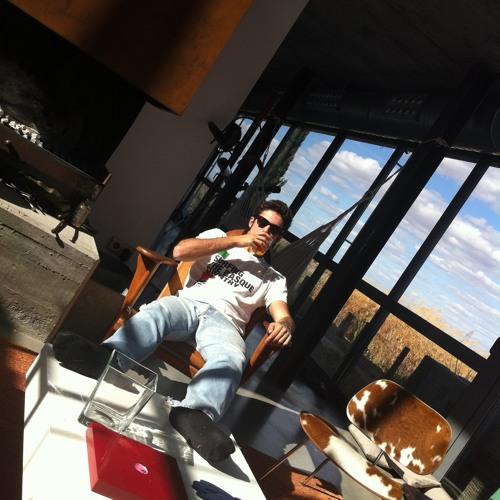 Carlos GPalancar's avatar