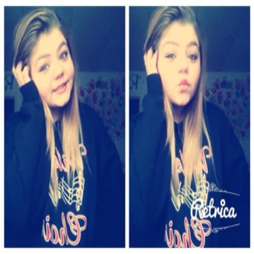 Lil_Momma <3's avatar