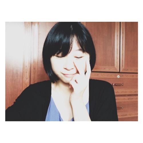 Khylyn Tan's avatar