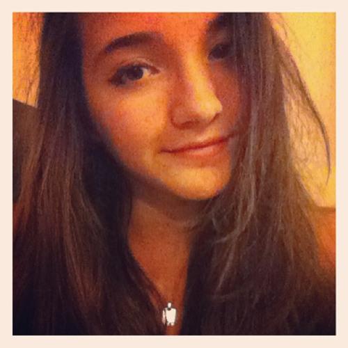 Lucia.F's avatar