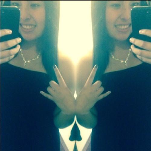 Joanna Lara 3's avatar