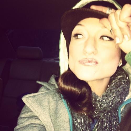 Kelly Watley (Lady Mae)'s avatar