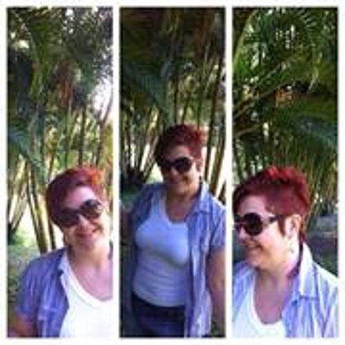 Michela Paza's avatar