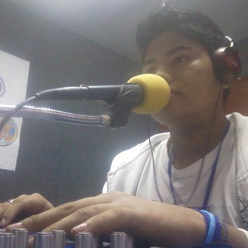 Kike Caceres Hernandez's avatar