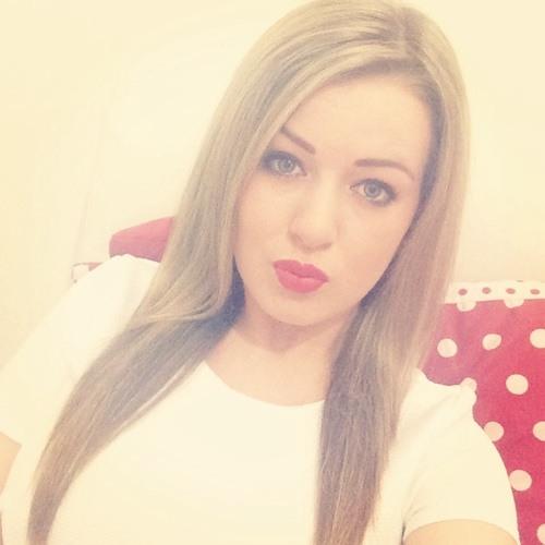 CourtneyFx's avatar