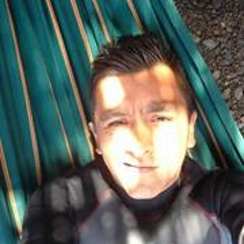 Jose Victor Valverde's avatar