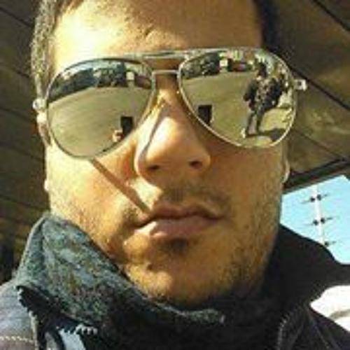 Bruno Perez 20's avatar