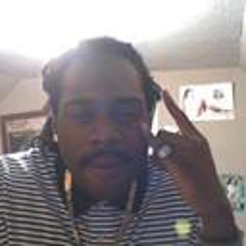 Derrick  Glaude's avatar