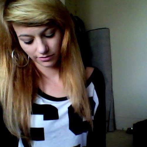 Maddi Ofcourse's avatar
