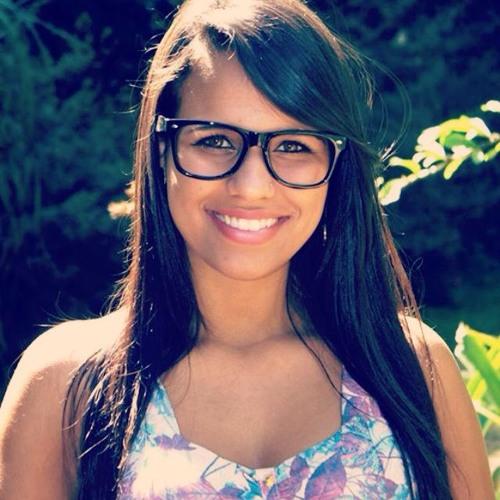 Aline de Oliveira ♔'s avatar
