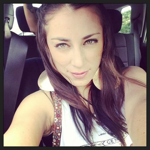May Lana's avatar