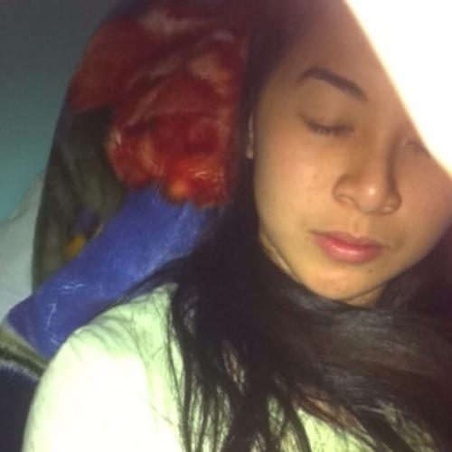 Christine Nguyen rad's avatar