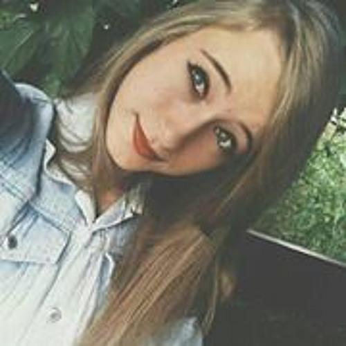 Marina Araújo 22's avatar