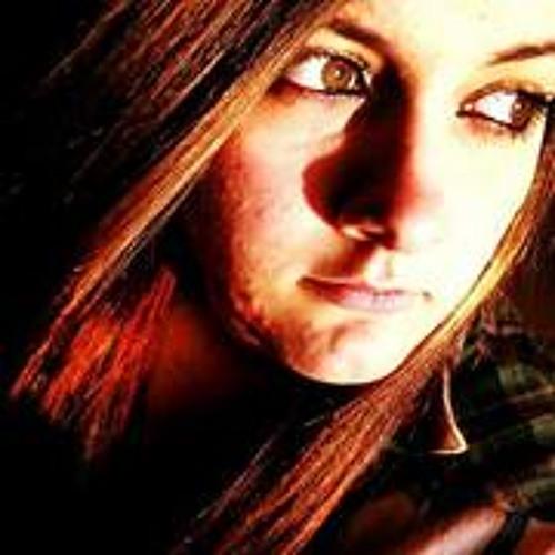 Vicki Mariee's avatar