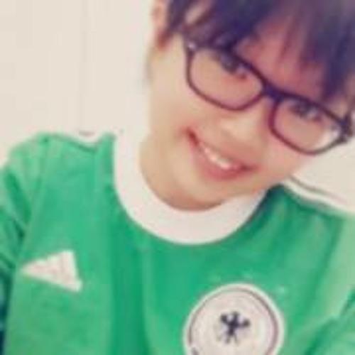 LuYee Wong's avatar
