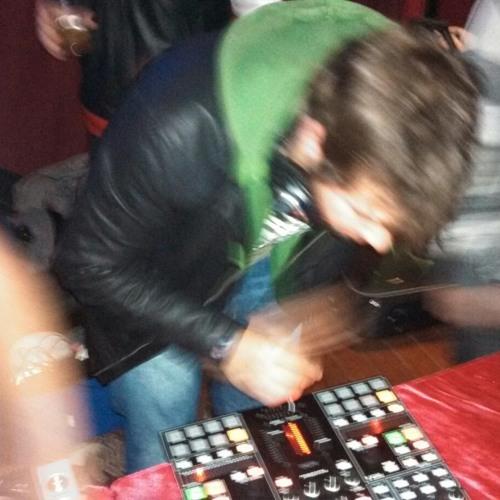 Andre Alves de Oliveira's avatar