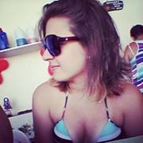 Mariana Queiroz 14's avatar