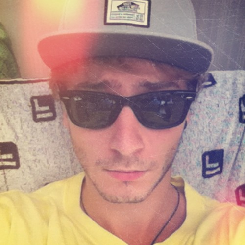 Flavio Light Scotto's avatar