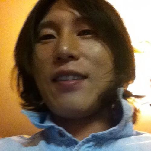 Park Hae Yong Park's avatar