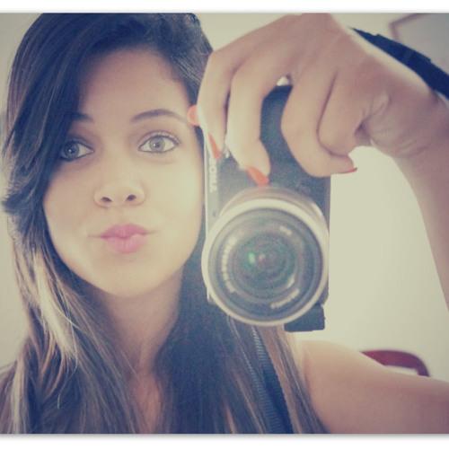 Janielly Talita's avatar