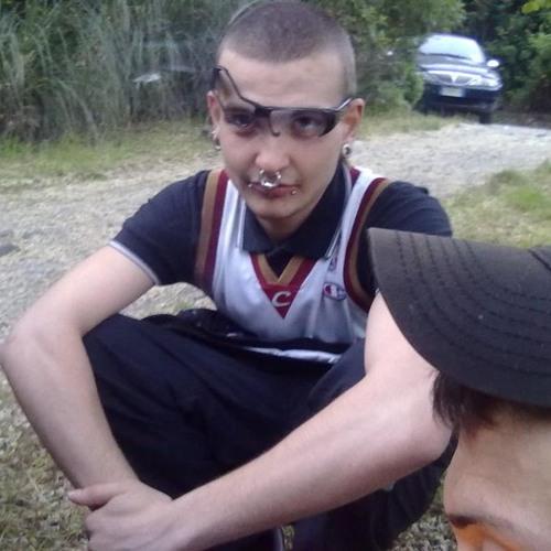Mvzzi TetraTek's avatar