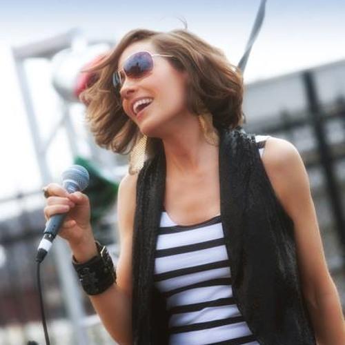 Michelle Lake Romary's avatar