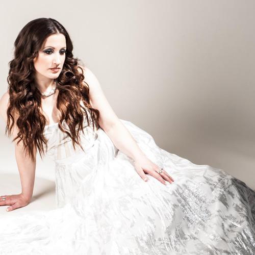 Rebecca De La Torre's avatar