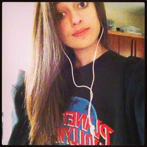 Renata Bonato's avatar