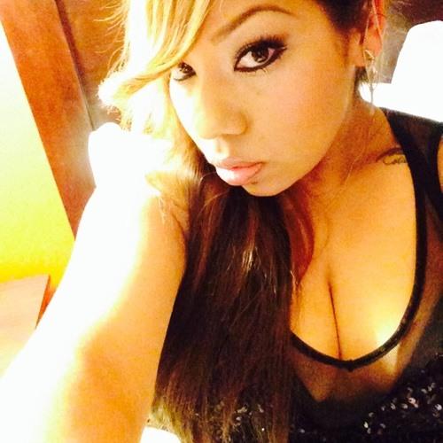 Mya Reyes's avatar
