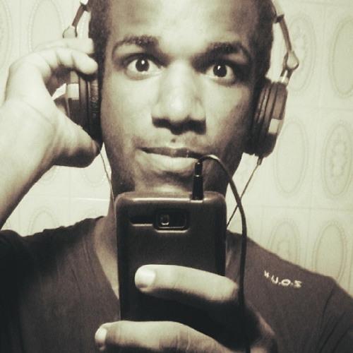 LeoAlves's avatar