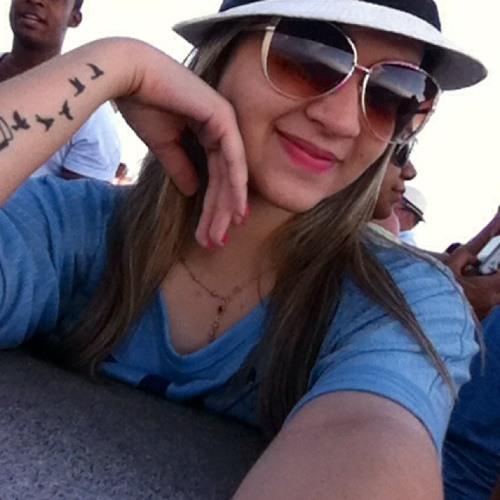 Isabelle Santos 9's avatar