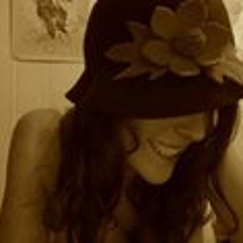 Alexandra James 7's avatar