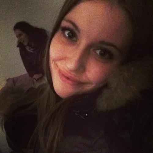 Nicole Lucas's avatar