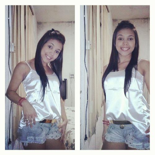 Ana Flavia Cabral 1's avatar