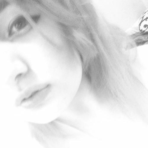 Daisy Q.Q's avatar