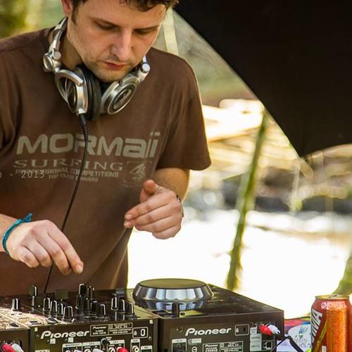 Matheus Righi's avatar