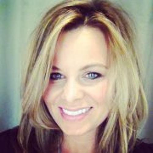 Raenata Souza Posey's avatar
