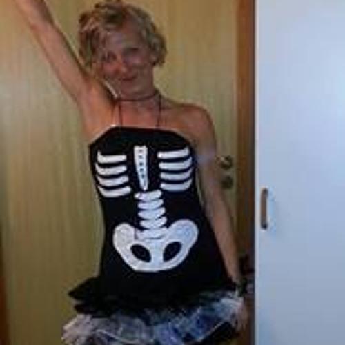 Emilia Kierznikowicz's avatar