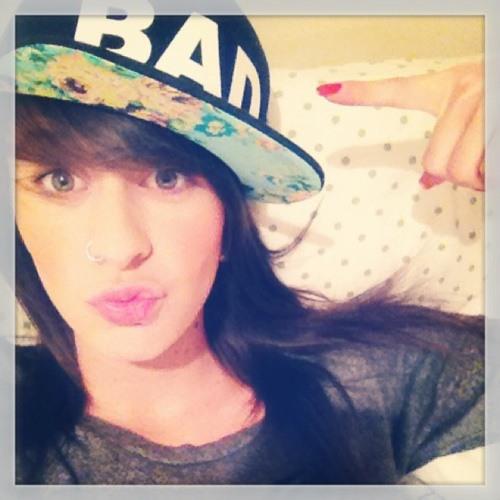 AmandaMMaria's avatar
