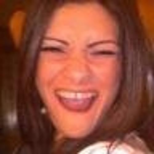 Katiuscia Pires's avatar