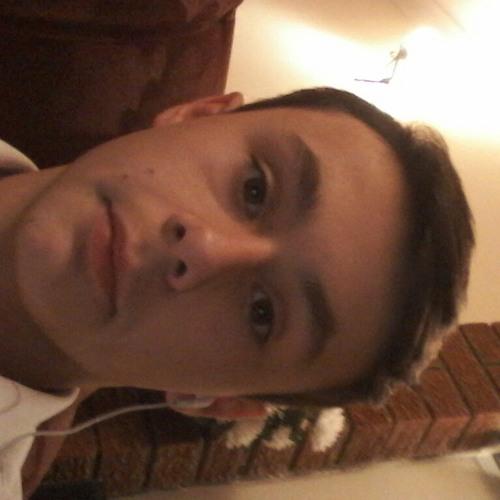 bennyrobert13's avatar