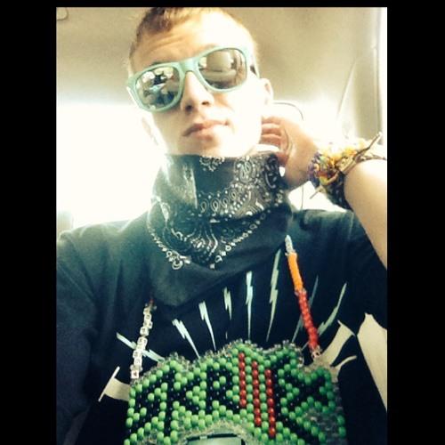 DylanBxll's avatar