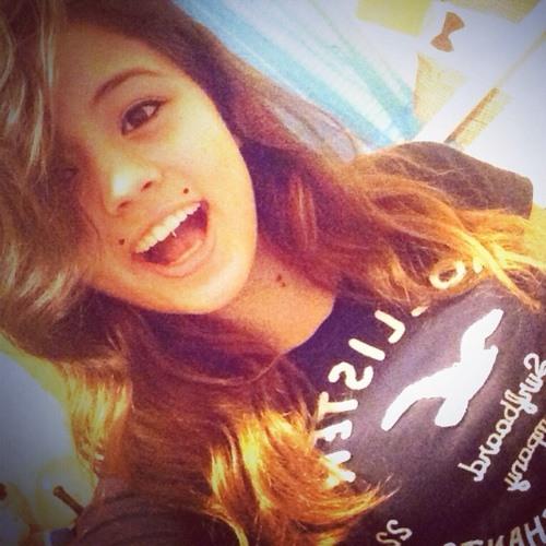 Whitney.~'s avatar