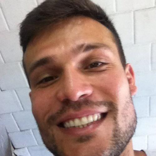 Renan Ceccato's avatar