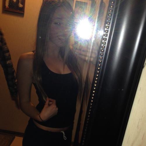kelsie7203's avatar
