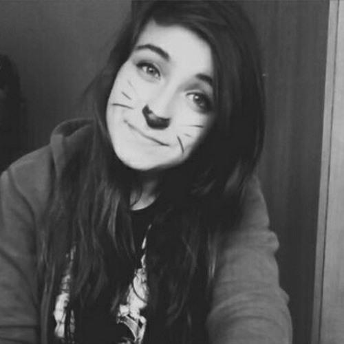 Alicia Cyrus's avatar