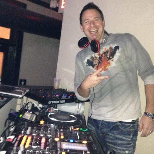 DJ BrAtT's avatar